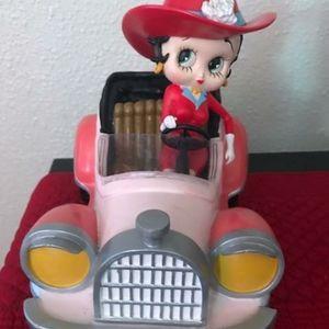 Rare betty boop riding car figurine